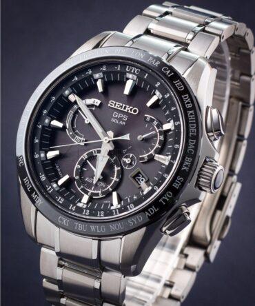 Seiko Astron SSE045J1