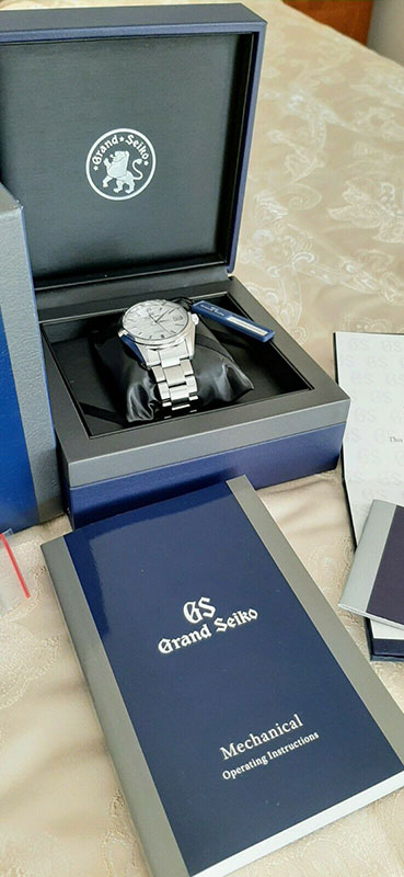 Grand Seiko SBGR319G Box